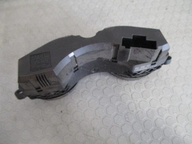 Ford Focus 1.8TD farmari -01 katkaisija takalasin lämmitys ... 9fe30ae1ca